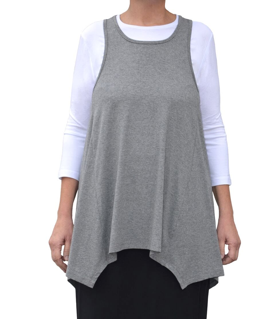 5c39c20f470 Layered Tank Tops for a modest Appearance. Kosher Casual